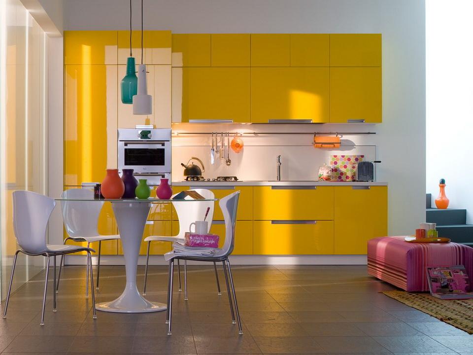 Недостатки акриловых фасадов на кухне